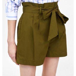 NWOT Zara green paperbag waist shorts